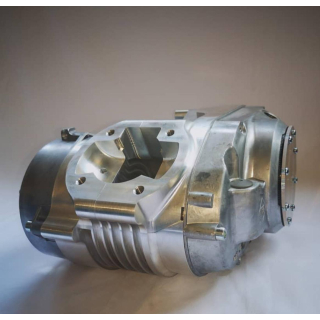 Simson Motorengehäuse CNC-Auswinkeln und Planfräsen